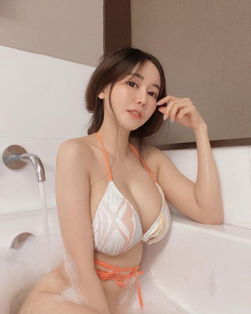 china Maggie escort girl kl1